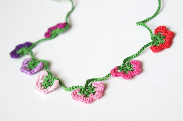 Turkish Crochet Necklace by JaKiGu